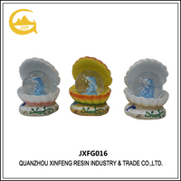 Polyresin Dolphin Snow Globe/Water Globe/Snow Ball for Decoration