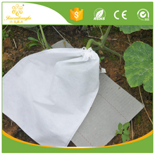 Mothproof agriculture pp spunbond nonwoven fabric for fruit protective bag, 4%-1% UV film agriculture cover, buding bag
