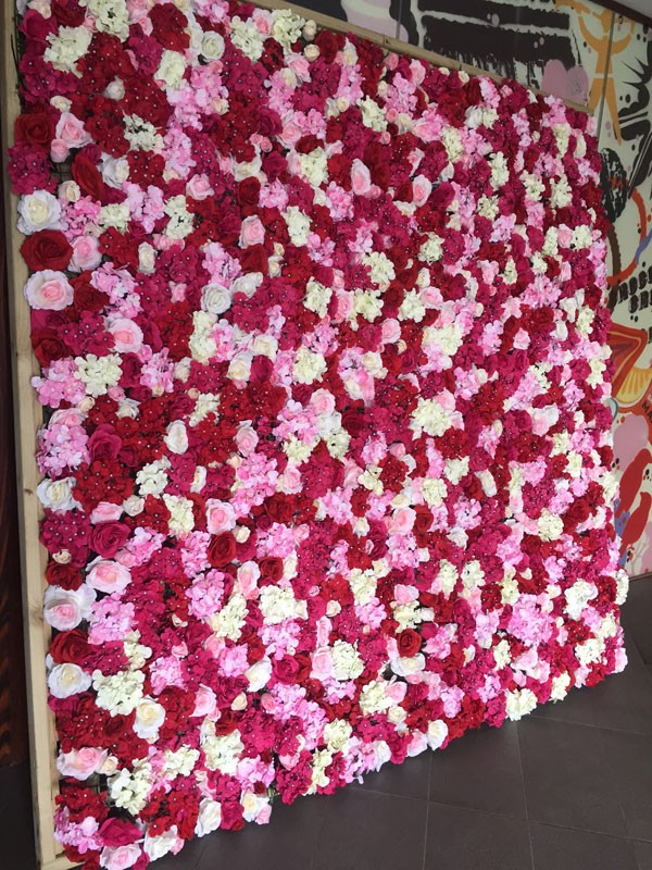 2017 artificial silk wedding rose flower wall