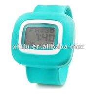 2011 new silicone slap watch