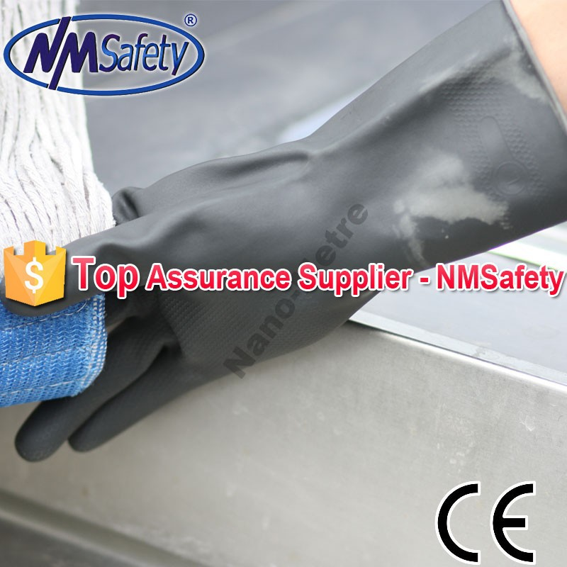 NMSAFETY black neoprene flocklined diamond grip on palm chemical industrial gloves
