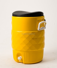 Plastic insulated outdoor ice cooler Box /water cooler jug