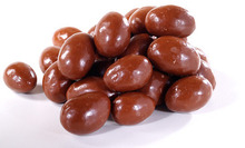 Sweet Chinese nut Candy, Chocolate coated Almonds in best price