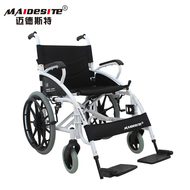 CE approve lightweight folding manual travel wheelchair for old people