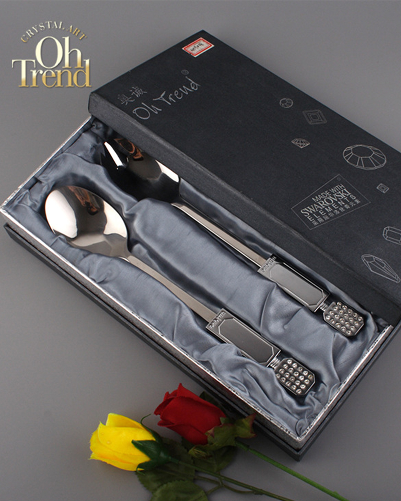 SH - Hot sell Stainless steel kitchen cutlery set spoon knife and forks sets stainless steel utensils