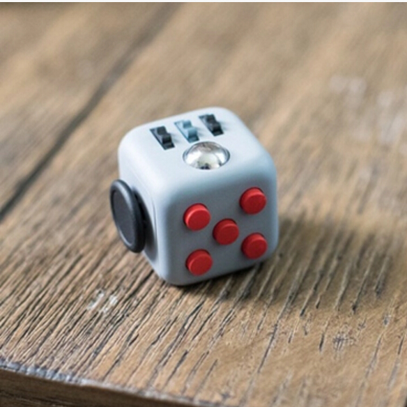2016 Best Christmas Gift Stress Release Magic Fidget Cube 3.3cm Desk Fidget Cube Toys