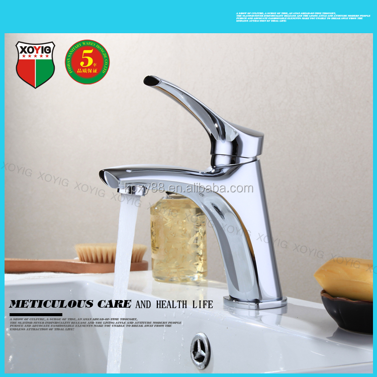 New cheap square brass chrome plating bathroom basin faucet