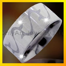 top quality brushed surface wave pattern surgical 316 stainless steel men ring titanium ring jewelry