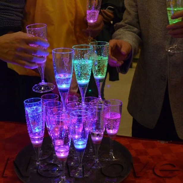 China manufacturer Liquid active PS LED Champagne Glass,LED Flashing Cup LED Drinkware Glass LED Cup Goblet For Party/Wedding