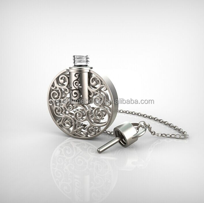Wholesale 1.5ml round flat shaped alloy attar bottle pendant, fancy metal essential oil pendant jewelry necklace