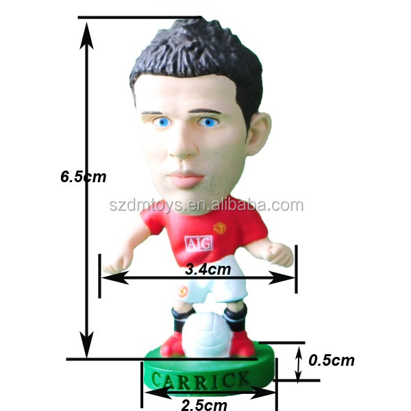 small plastic figurines soccer player/football action figures