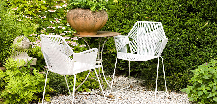 Italian style wholesale white plastic rope woven garden line french aluminum bistro chair