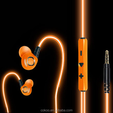 Manufacturer Wholesale Mobile Phone LED Light Glowing Earphone in the Dark Earphone Flashing Headphones with Mic