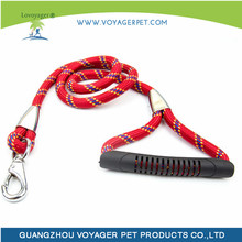 Lovoyager reflective nylon rope dog bungee leash with plastic handle