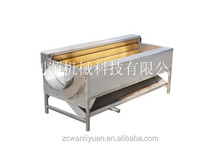 Automatic potatoes/carrot washing and peeling machine