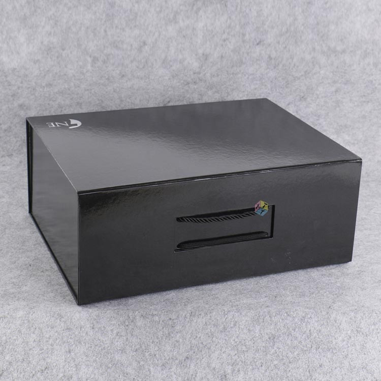 handle folding cardboard luxury clothing packaging box