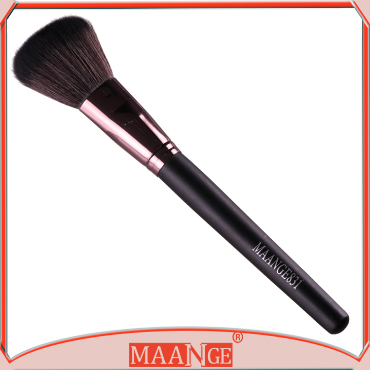 In stock! New Design Portable Special Single Powder brush blush brush for facial makeup