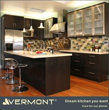 2017 modern pvc kitchen cabinets decorated with fancy lights