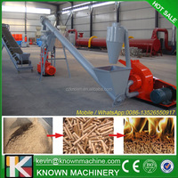Hammer mill and pellet mill with conveyor