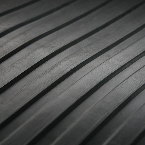 3mm wide ribbed rubber flooring , balck