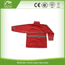 Red color two pieces polyester mens rain suit