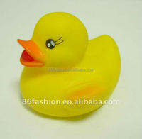 Cute kids bath toy duck, rubber bathing ducks, yellow rubber duck with sound