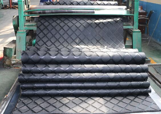New products with new pattern hammber top cow comfortable rubber mat
