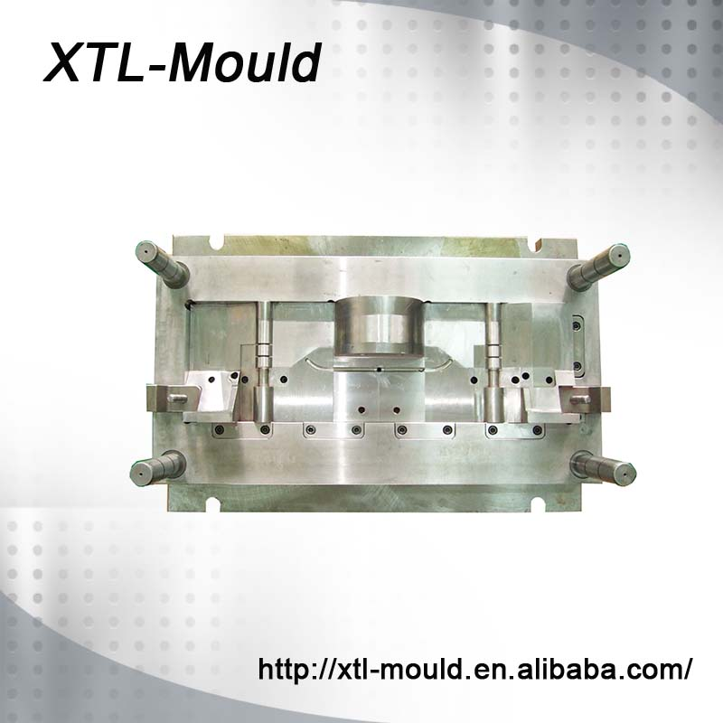 ISO9001 China Mould Manufacturer Hardware Tool Hard Plastic Injection Moled Case