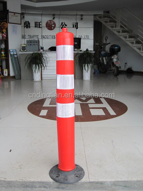 Protable Reflective Rubber Base Plastic Fencing Bollards