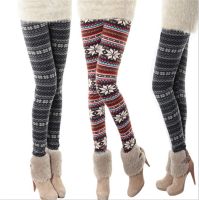 Winter Thickening Warm Leggings Women Winter Pants Loose Snowflake Christmas Deer Flower Women Leggings