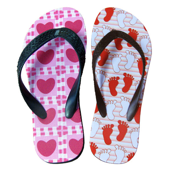 2013 China shenzhen latest flip flop women flip top slippers new design slippers in pu