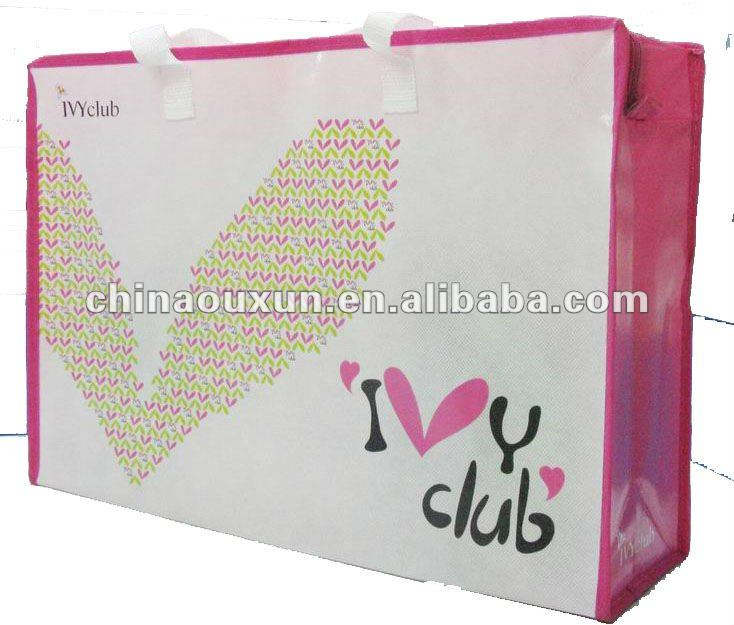 Durable large zippered tote bag