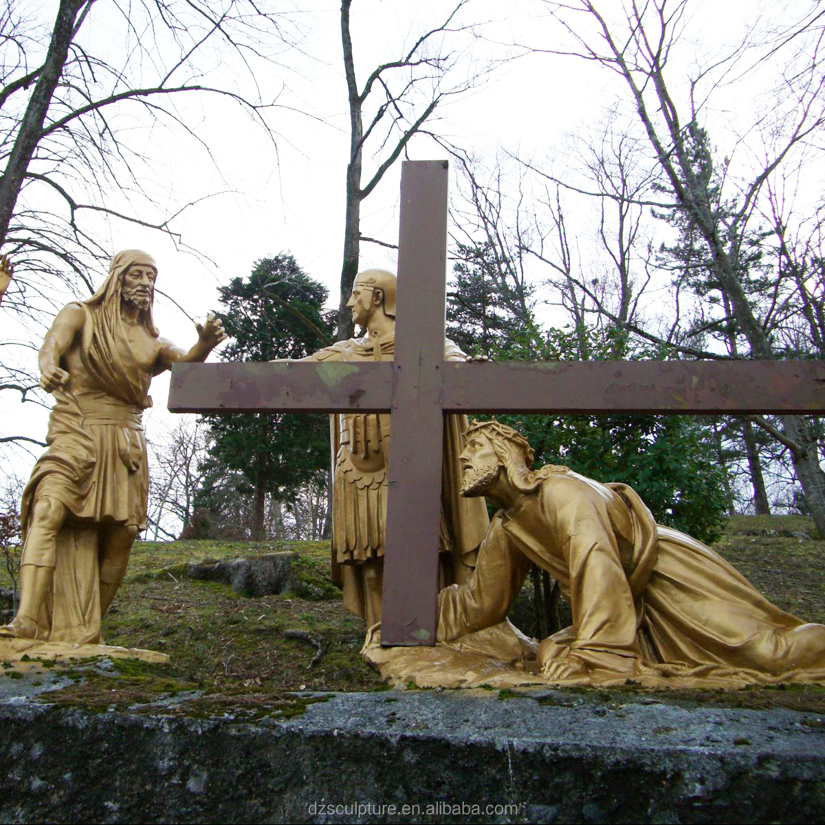 life size stations of christ Crucifixion sculpture bronze Veronica Wipes Jesus' Face statue