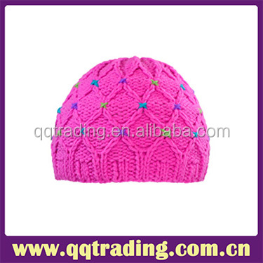 Sweet pink beautiful heated cable knitted baby girl winter hat
