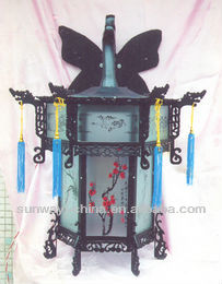 Nice Dragon Palace Lantern with unique wire style and technique