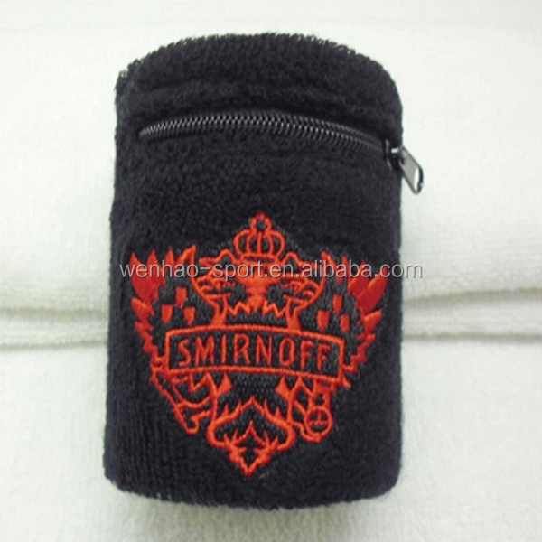 Fashion Black zipper pocket wristband with Embroidery logo