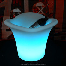 Open mouthed led light wave shape ice bucket with standing lighted