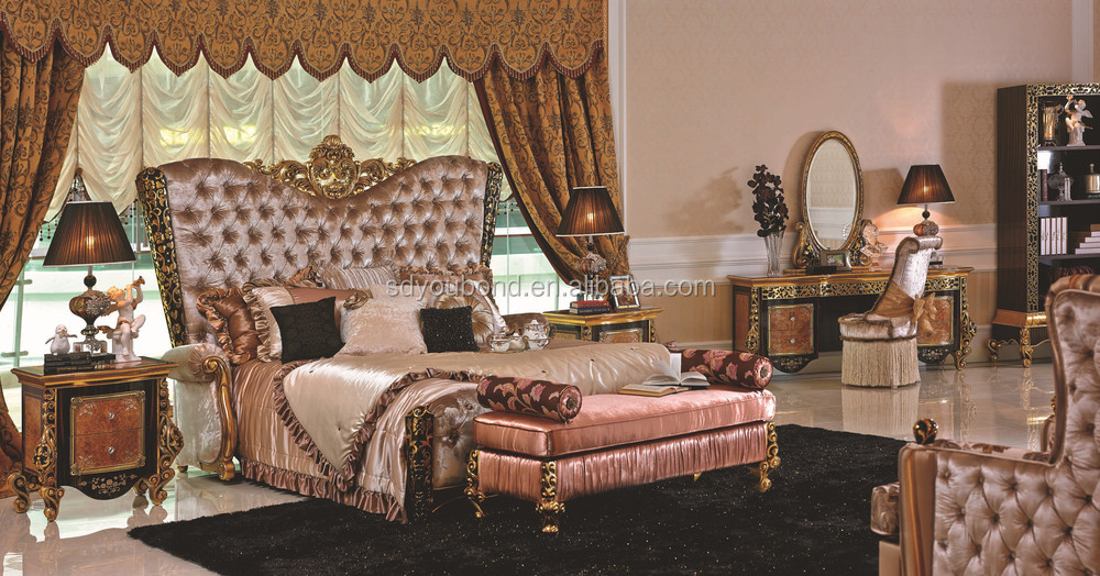 0061 Latest Italy design luxury shinny bedroom furniture