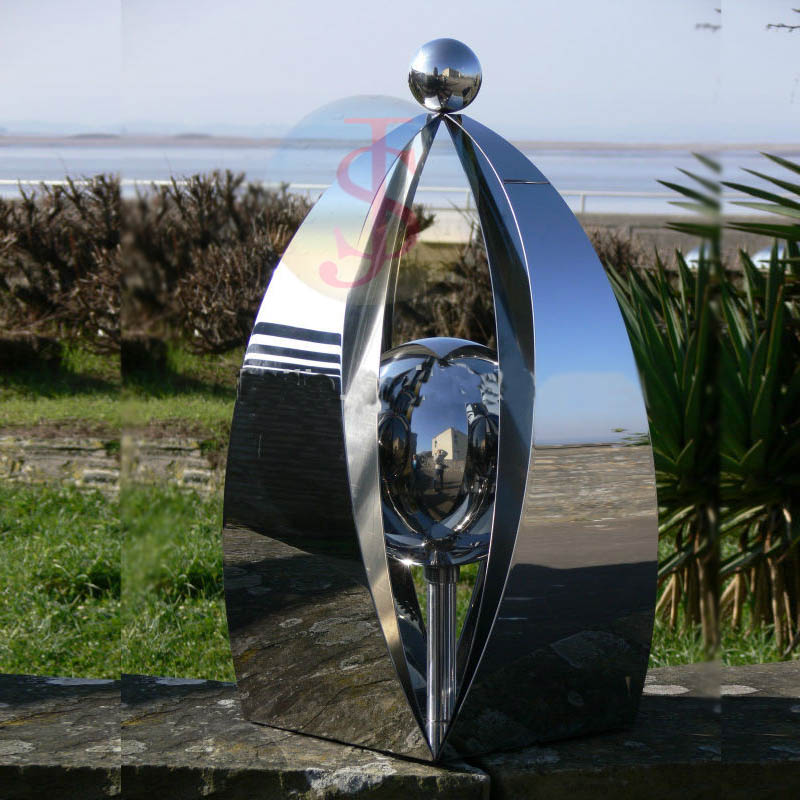 Professional sailing boat stainless steel sculpture