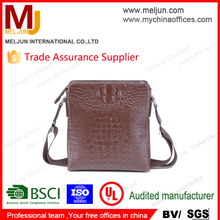 Hot selling Genuine Leather Land Bags For Men With Wholesale Prices