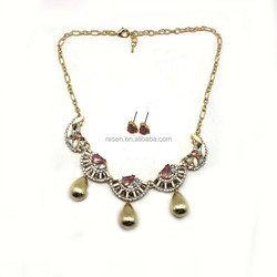 Exquisite Gold Drop Rhinestone And Acrylic Beads On Chain Jewelry Set