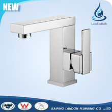 cUPC / Watermark single hole basin faucet with hot & cold water