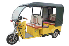 Electric Rickshaw For Passengers Battery Operated Electric Tricycle For India