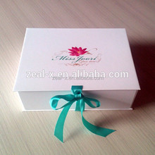 Pretty Cardboard Ornament Storage Packaging Boxes for Girl Box for Sweater Clothing