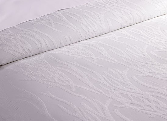 Fashionalbe Hotel Embroidery Duvet Covers Queen