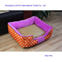 China supplier bottom price dotted pet bed indoor linen dog bed