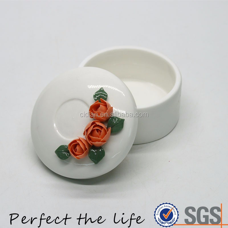 White Ceramic Jewelry packing box with rose flower lid