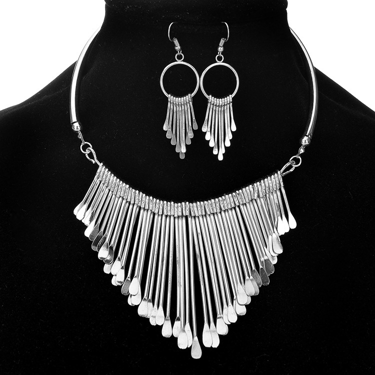 Hot Sale metal tassel Earrings And Necklace Jewelry Set for women