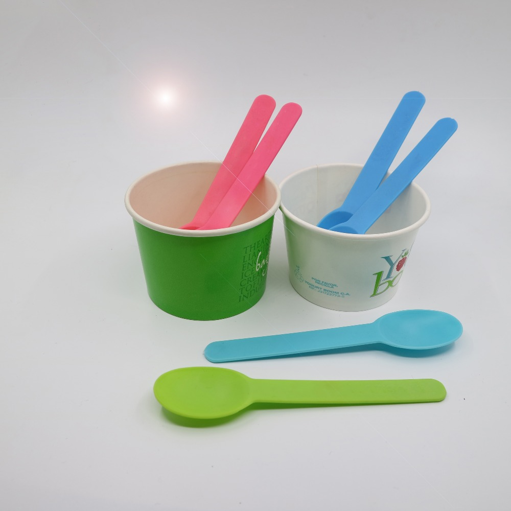 Online ordering 15cm length PP material food grade long handle disposable ice cream yogurt plastic scoop spoon