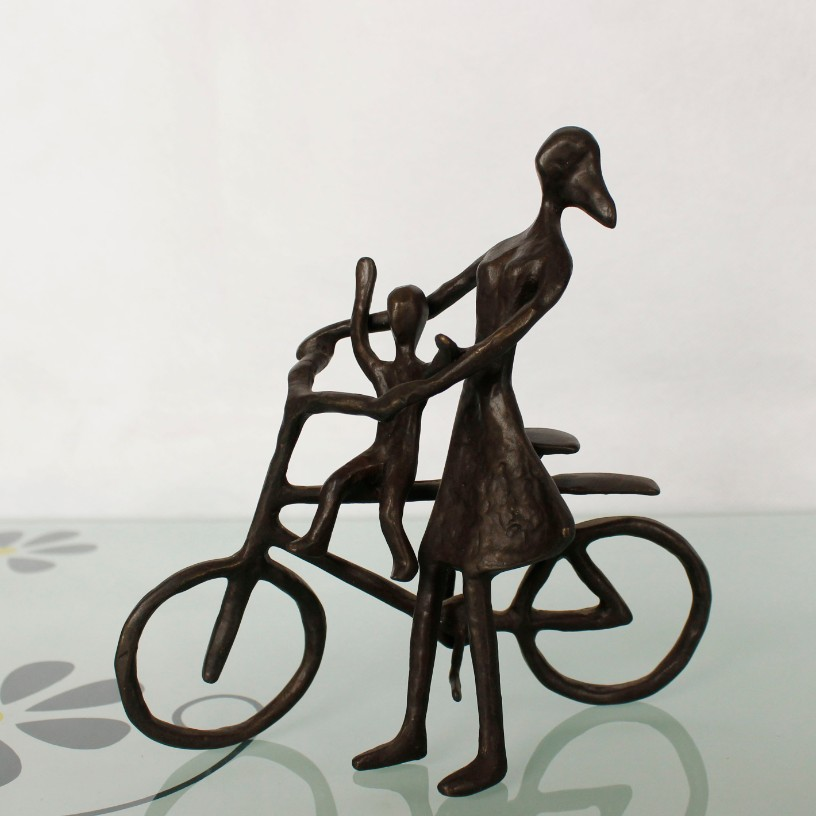 the Mother and child bicycle figurines cast iron metal arts and crafts for home decoration